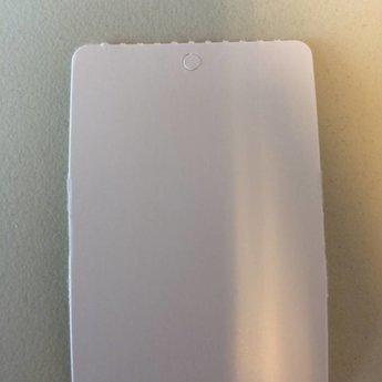 Hangetiket op rol 40x60 mm blanco onbedrukt 1000 per rol, wel ponsgaatje, en geen perforatie in kaartje