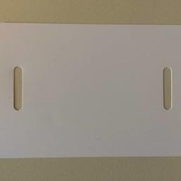 PVC-labels 80x118 mm wit 2 band-sleuven