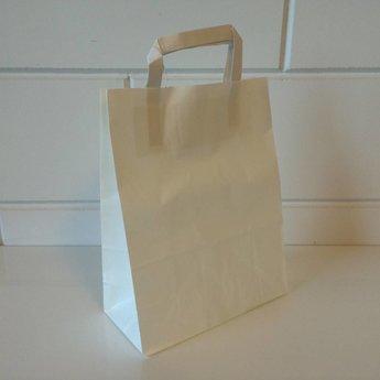 Draagtassen kraft wit, papier afmeting breed 22cm x hoog 36cm, inslag 2x 5,5cm. 22x10x36 - 250  stuks - 80 grams