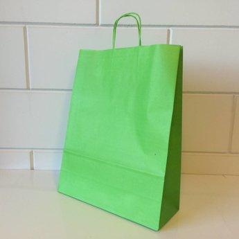 Draagtassen kraft licht groen, afmeting breed 32cm x hoog 41cm, inslag 2x 6cm. 32/12x41   - 200  stuks - 100 grams