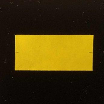 Etiket 26x12 rechthoek geel 2slit  54.000 etiketten.  (36 rollen