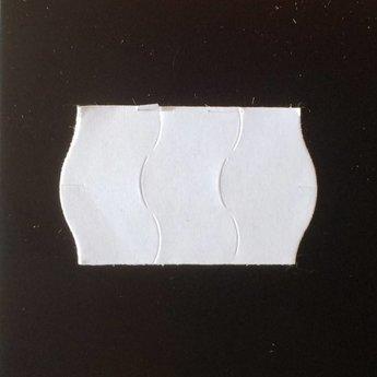 Etiket 2516 wit permanent golfrand antidiefstalstanzing/veiligheidsstansing/security cuts/anti-diefstal in het etiket ( 3-delig) , doosinhoud 39.600 etiketten. ( 36 rollen