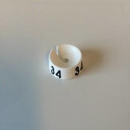 MB wit/zwart  34 voor op kledinghanger