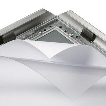 Folie schutvel 700x1000 mm transparant en ontspiegeld, antireflex dikte 0,5mm. Stoepbordfolie, beschermfolie.