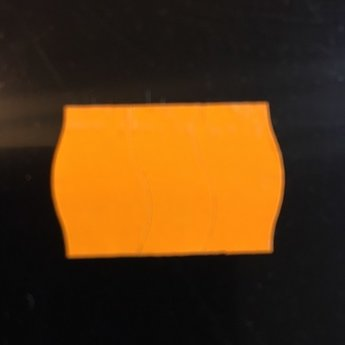 Etiket 2516 fluor oranje semie/permanent met antidiefstalstanzing/veiligheidsstansing/security cuts/anti-diefstal en 2-slit golfrand  39.600 etiketten ( 36 rollen