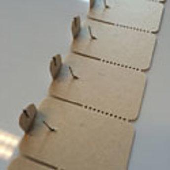 Aandruketiket / naaldetiket 24x37 mm op stroken van 24 stuks, doosinhoud 3000 stuks.<br /> Let op!  Dit is de enige nog leverbare uitvoering.