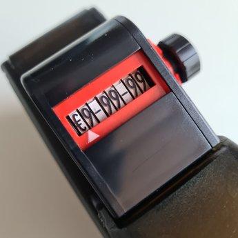 Blitz Prijstang BLITZ C8 is een 1-regelige prijstang met als afdruk €2345.78 of een 8 cijferig nummer, of een datum eventueel i.c.m. voorbedrukte etiketten.