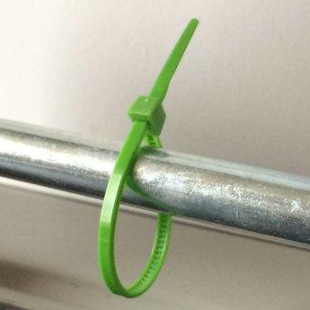 Cable-ties 295x4.8 kleur groen nylon-66 verpakt per 100st, maximale bundeldiameter  75 mm, maximum gewicht 22.2 kg. Bundelbandjes, kabelbandjes.