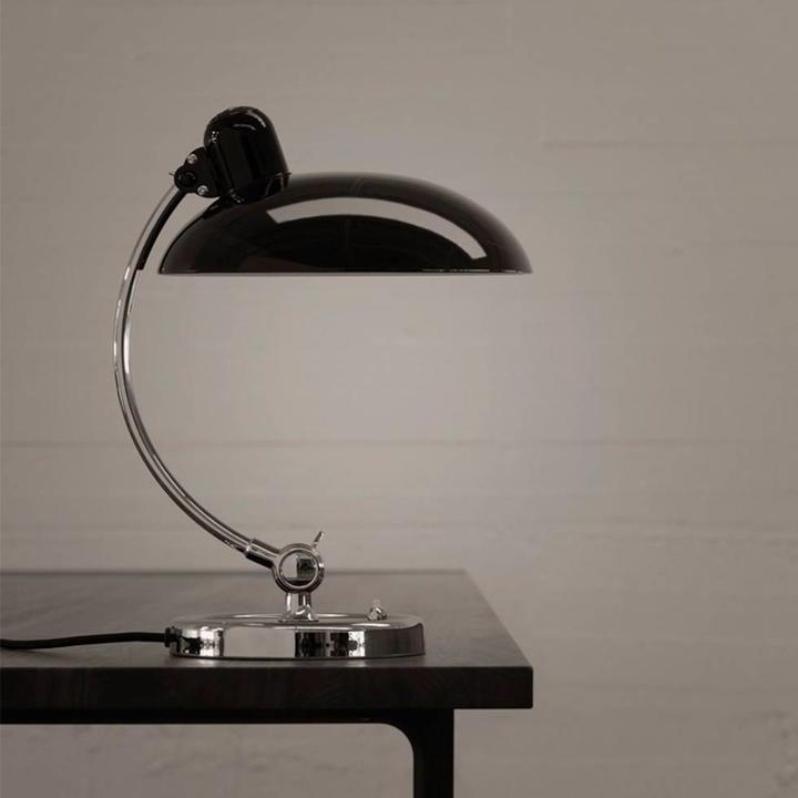 Fritz Hansen KAISER idell | Luxus tafellamp