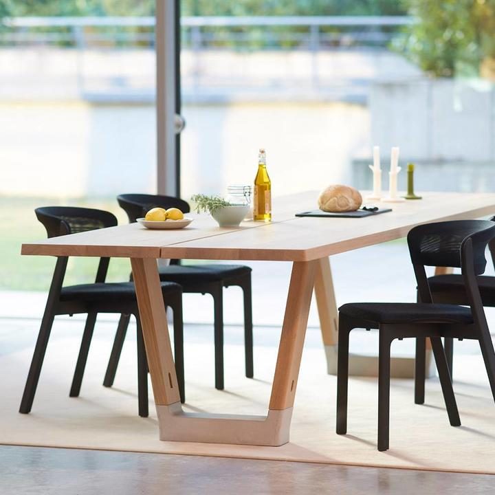 Arco Base 1 | Dining table