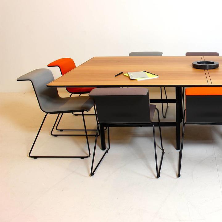 Bulo Dan | Meeting table | Individual