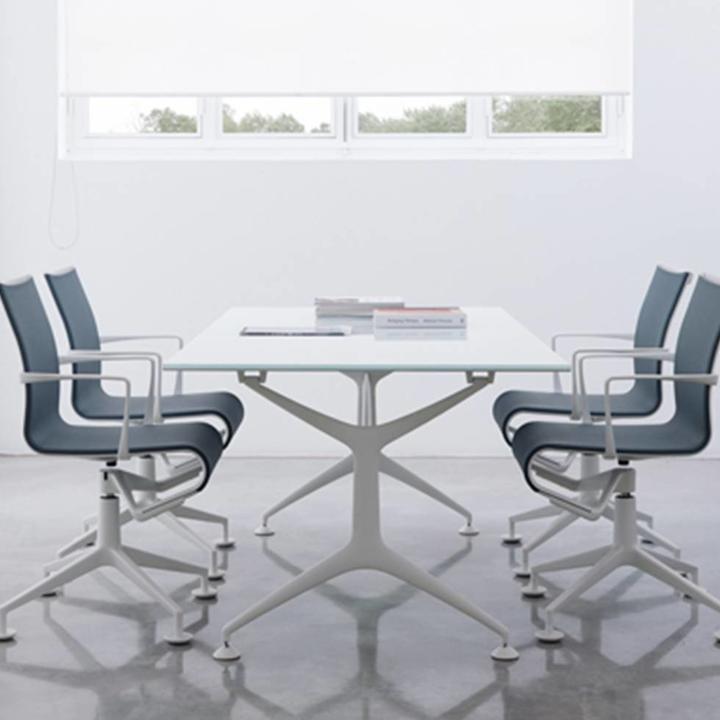 Alias 437 Meetingframe | Gepoedercoat frame