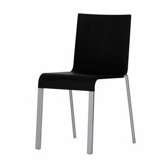 Vitra OUTLET | Vitra .03 | Basic dark kunststof | Zilver aluminium / staal | Stapelbaar