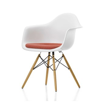 Vitra Vitra Eames Plastic Armchair DAW | Zitting bekleed