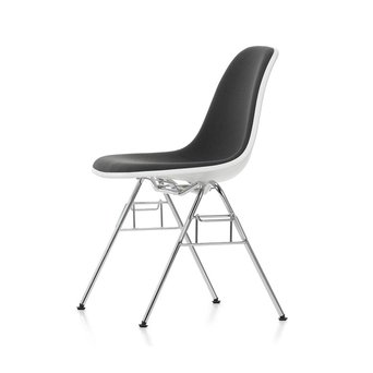 Vitra Vitra Eames Plastic Side Chair DSS | With full upholstery
