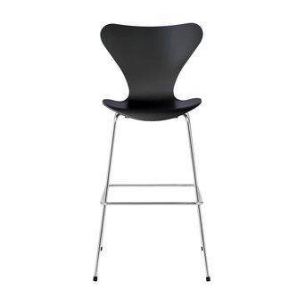 Fritz Hansen Fritz Hansen Series 7 | 3197 Bar stool | Lacquered
