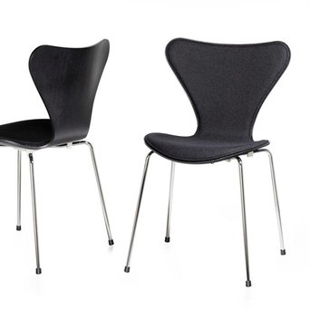 Fritz Hansen Series 7 | 3107 | Front upholstery | Coloured ash