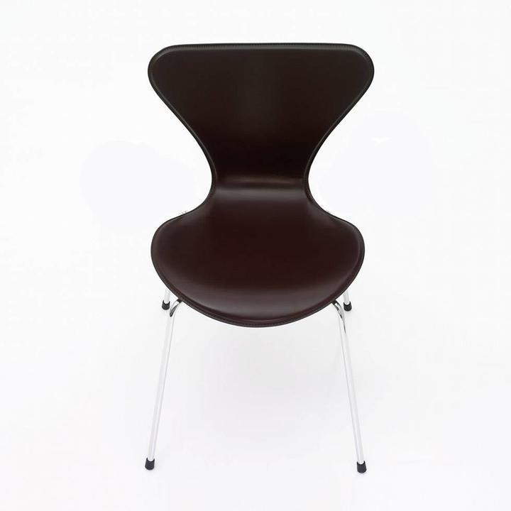 Fritz Hansen Series 7 | 3107 | Full upholstery