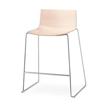 Arper Arper Catifa 46 | Bar stool | Sled | Wooden seat shell