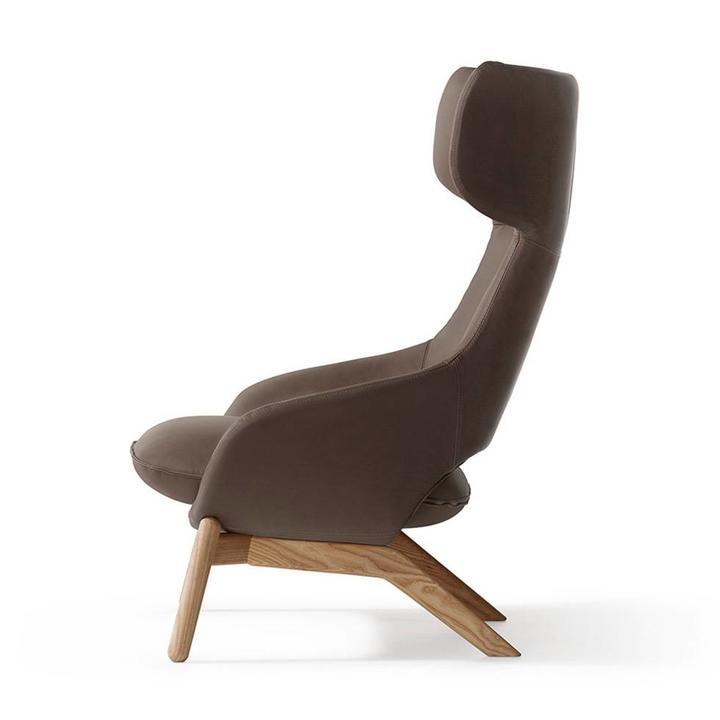 Artifort Kalm | Armchair | Four-legged
