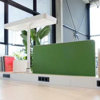 Vitra OUTLET | Vitra Joyn | Central screen | W 96 x H 47 cm | Plano grass green / forest