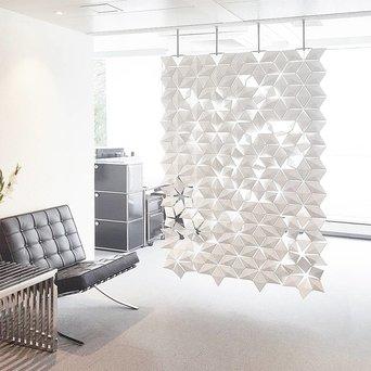 Bloomming Facet Room Divider   Hangend   B 136 x H 230 cm