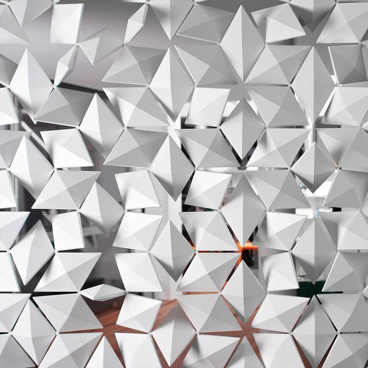 Bloomming Facet Room Divider | Hanging | W 408 x H 288 cm