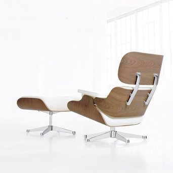 Vitra Vitra Lounge Chair & Ottoman | Notenhout, wit gepigmenteerd
