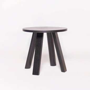 Buzzispace OUTLET | BuzziSpace BuzziMilk Side Table | Zwart hout