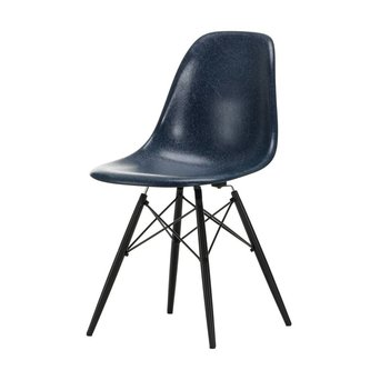 Vitra Vitra Eames Fiberglass Side Chair DSW