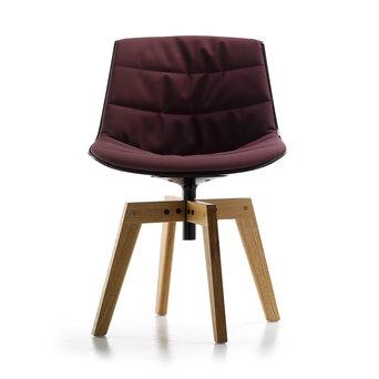 MDF Italia MDF Italia Flow Chair | Padded | Four-legged oak