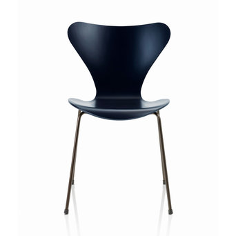 OUTLET | Fritz Hansen Series 7 3107 | Dark blue lacquered ash | Dark brown steel