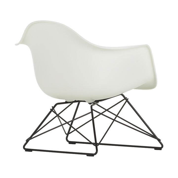 Vitra Eames Plastic Armchair LAR