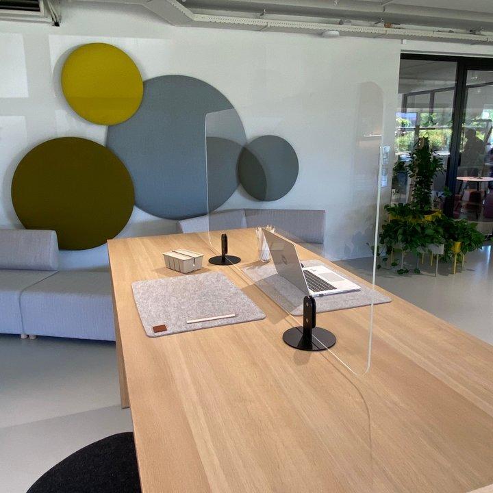 Cascando Shield Desk