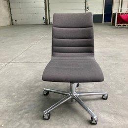 Brunner RWC | Brunner Fina Chair | Bezug Grau | Sternfuß Chrom