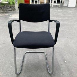 Kusch+Co RWC | Kusch Co Chair | Donkergrijs gestoffeerd | Kunststof armleuningen | Chroom slede