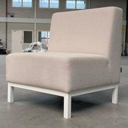 Dquartier RWC   Dquartier fauteuil   Crème gestoffeerd   Metalen frame