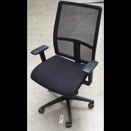 Workbrands RWC   Refurbished bureaustoel   Zwart netweave   Zwart frame   Met armleuningen