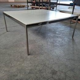 Workbrands RWC   4-poots tafel met kunststofblad    Chroom   B 101,5 x D 101,5 x H 42 cm