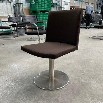Keystone RWC | Keystone 360 ° draaibare stoel | Donkerbruine bekleding | Schijfvoet chroom