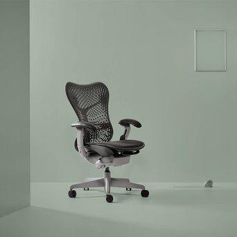 Herman Miller Refurbished Herman Miller Mirra | Shadow grey
