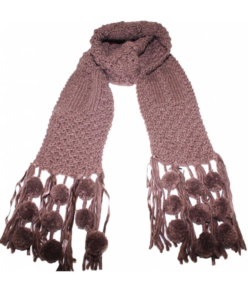 Sjaal gebreid Pompons