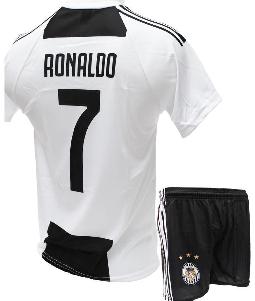"""Voetbaltenue Ronaldo  2018-2019  Juve  """"Thuis"""""""