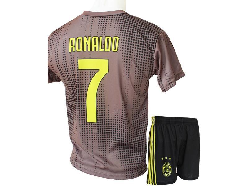 7b95d22b517 Voetbaltenue Ronaldo 2018-2019 Juventus