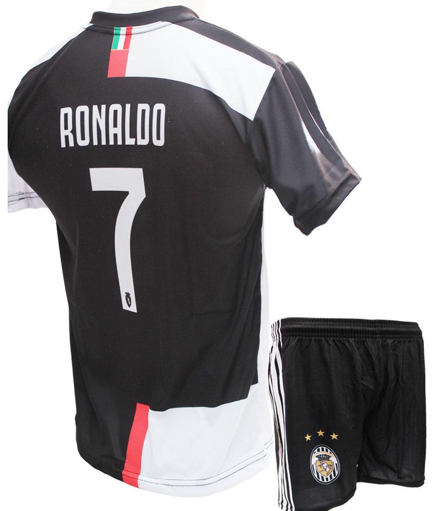 """Voetbaltenue Ronaldo 2019-2020  Juve """"Thuis"""""""