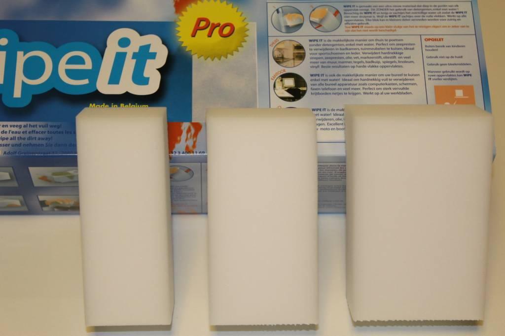 Eenvoudig schoonmaken met de Wipe-it wonderspons