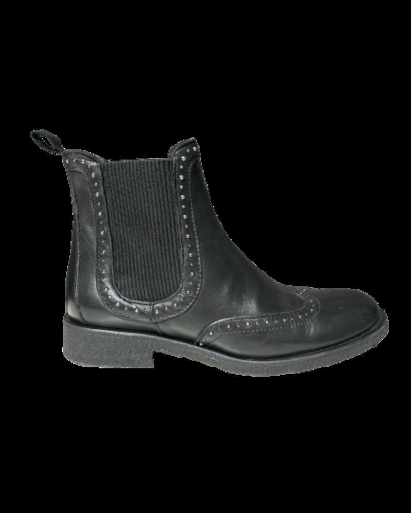 Angulus Studs Chelsea Boots Black