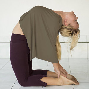 Satya Yoga Wear Yoga Poncho 'Sukha' Stone S/M