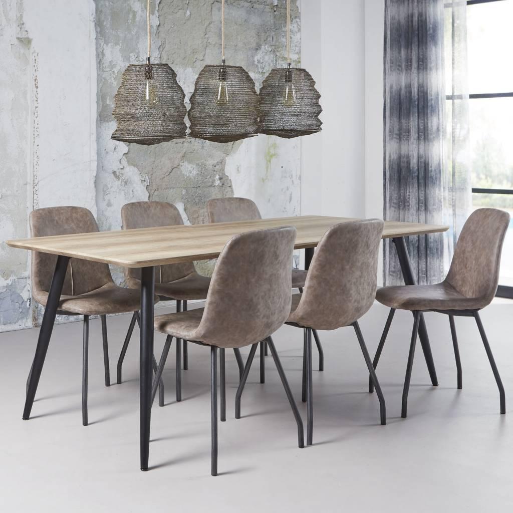 Duverger Straight - Eettafel 190 - eiken fineer - antiekwash - tapse poten - zwart gepoedercoat