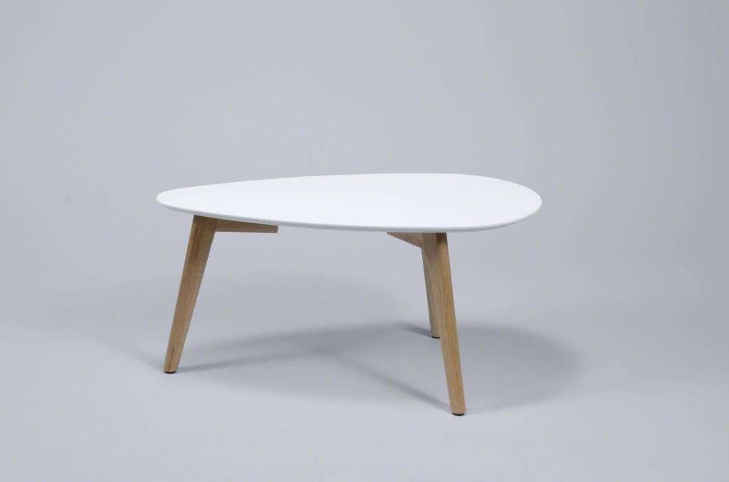 Duverger Vintage salontafel met afgerond driehoekig plateau in wit en eiken onderstel 70X30